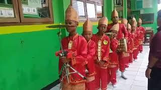 Download Video TEAM MARAWIS CILIK MI AL WATHONIYAH 1 ROROTAN JAKARTA UTARA MP3 3GP MP4