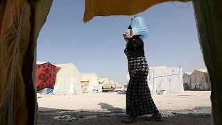 آلاف العائلات الإيزيدية في مخيمات دهوك تأمل في العودة إلى ديارها    12-8-2015