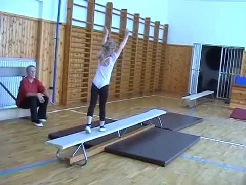 malé gymnastky 1.část.mpg