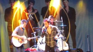 The Vamps - I Found A Girl - Live @ Fanfest Madrid (14.10.2015)