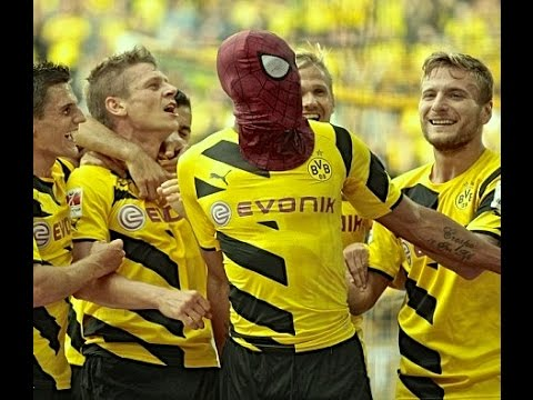 Pierre Emerick Aubameyang - Spider-man celebration / Goal vs bayern munich HD