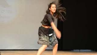 sexy dance performance by iit girl must watch