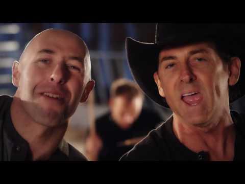 Lee Kernaghan – Damn Good Mates (Official Music Video)