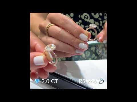 2-ct-oval-diamond-rose-gold-halo-ring