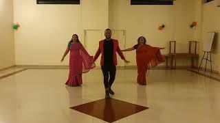 ennuyire-penkiliye-margamkali-song-choreography-by-naren