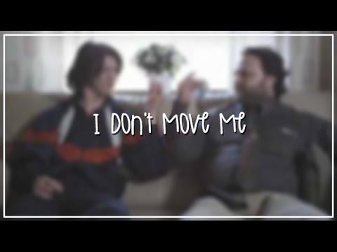 Peter, Bjorn and John - I Don't Move Me | Official Video | Letra + Español