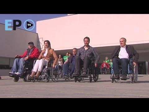 Los políticos comprueban las deficiencias de accesibilidad del Hula