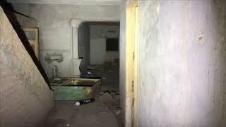 صوت بكاء في بيت مسكون  ويقولي اطلع برة +18