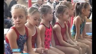 В Бийске прошли соревнования по спортивной гимнастике среди девочек(, 2016-02-17T06:55:10.000Z)