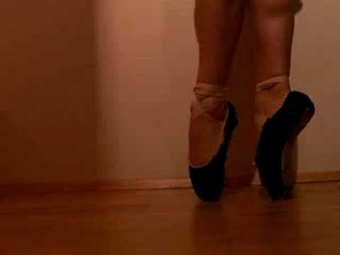 My ballet pointe work! (BLACK pointe shoes)
