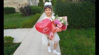 ELİF 8 MART DÜNYA KADINLAR GÜNÜ GÖSTERİSİNDE, Eğlenceli Çocuk Videosu