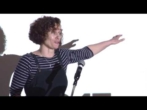 Hannah Sell speaking at Socialist Party Congress 2017