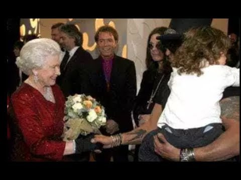 Guns N' Roses Slash Talks About Meeting The Queen of England & Ozzy Mooning Her