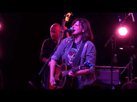 Amy Ray - Tonight I'm Paying The Rent