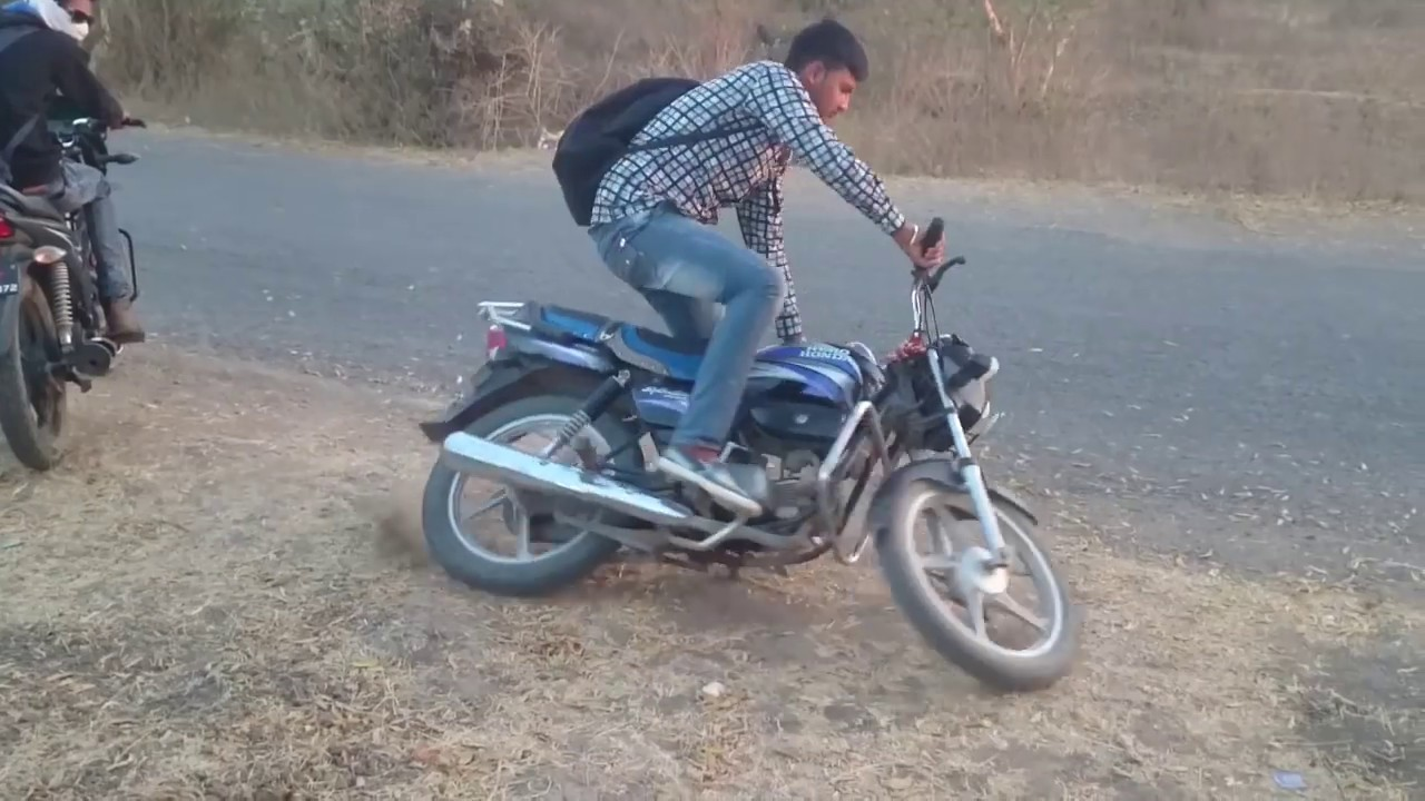 Bike stunts fail humorous Hero Honda Splendor
