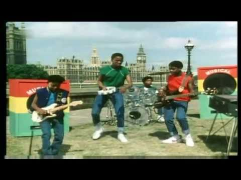 Musical Youth - Pass the Dutchie 1982