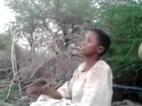 طفل سوداني طريف ولذيذ وعفوي شديد thumbnail
