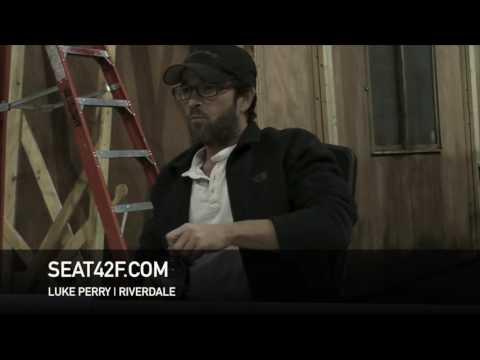 Luke Perry Riverdale Set Visit Interview