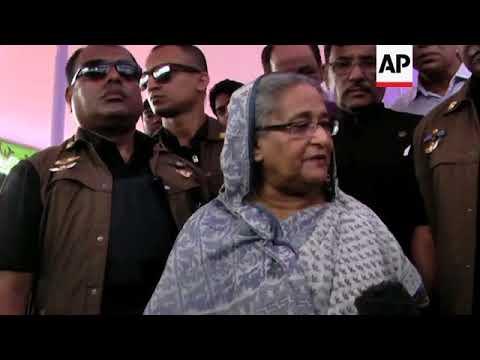 PM Hasina visits Rohingya refugee camp