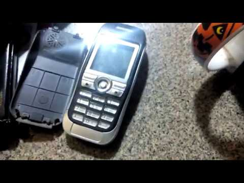 Sony Ericsson J300i (внезапно еще даже работает)