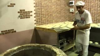Как выпекают грузинский хлеб