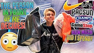 Letting the Person in FRONT of me Decide my OUTFIT... (MALL CHALLENGE)