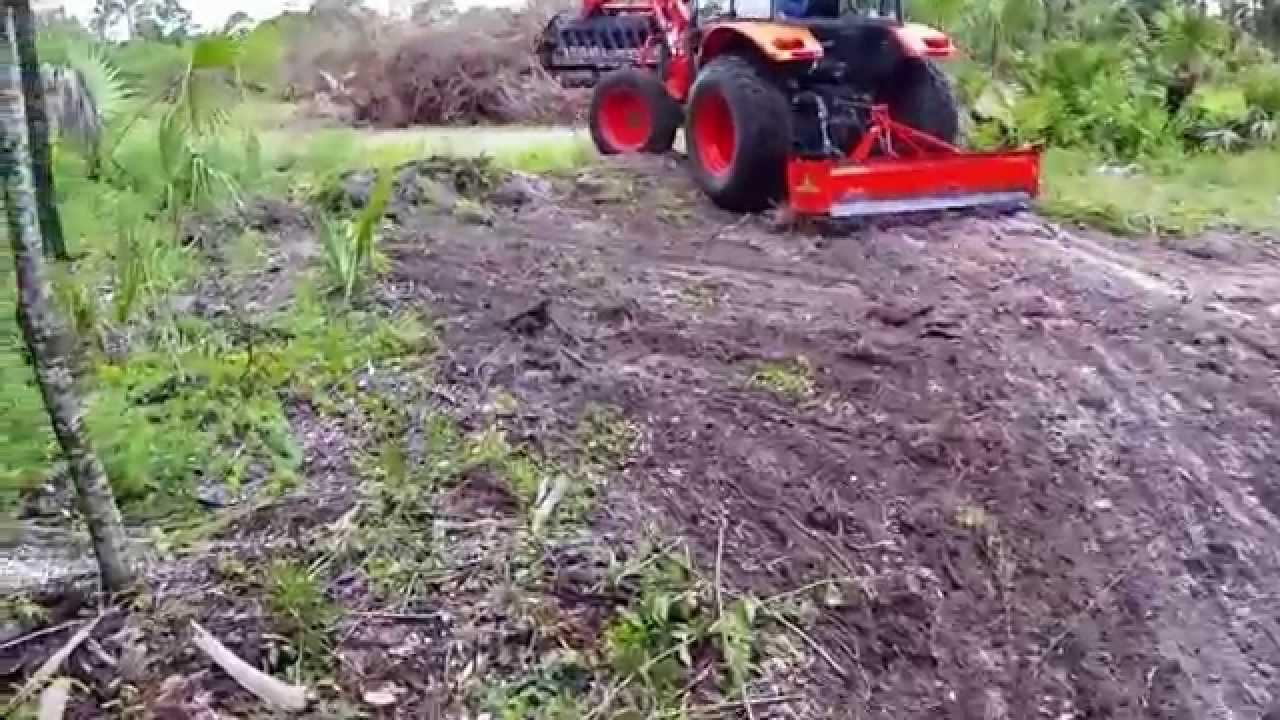 Kubota Box Blade : Kubota tractor box blade federated farms youtube