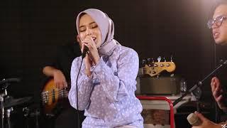 Download LANTAS - PUTRI FT. JUICY LUICY (JAMMING SESSION)