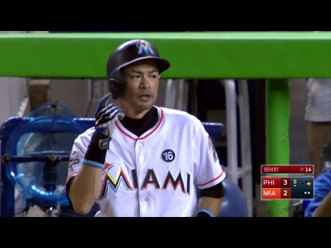 PHI@MIA: Ichiro moves into 23rd on all-time hit list