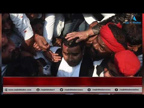Akhilesh Yadav को रोकने पर बवाल, सपाइयों पे बरसी लाठियां, सांसद Dharmendra yadav घायल