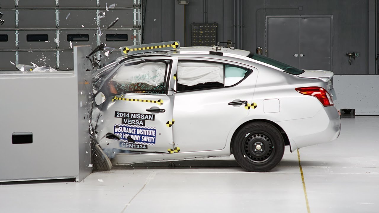 2014 Nissan Versa Sedan Driver Side Small Overlap Iihs