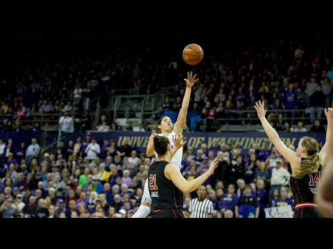 Highlights: Watch Kelsey Plum score 57 to secure all-time scoring record