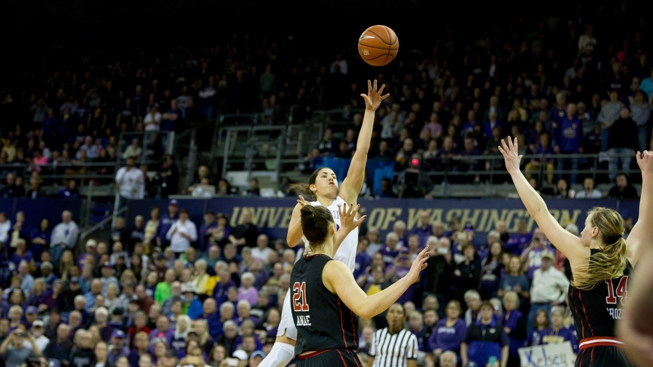 Kelsey plum major - Highlights Watch Kelsey Plum Score 57 To Secure All Time Scoring Record