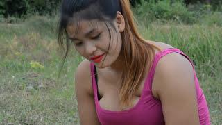 Wow Lady Fishing Beautiful girl fishing Khmer Net fishing How to catches Fish Part 181