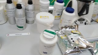 Material incautado por la Guardia Civil tras desmantelar un laboratorio de cocaína en Mallorca