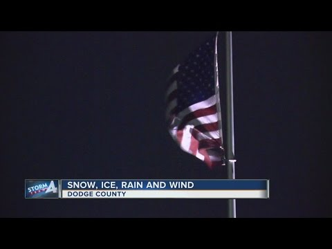 TODAY'S TMJ4 News Live at 10:00Wind, rain dominate SE Wisconsin Tuesday