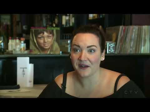 Restaurant owner defends waitress after body shaming
