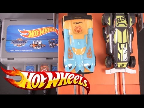 Hot Wheels Slot Car Track Set from Kidztech