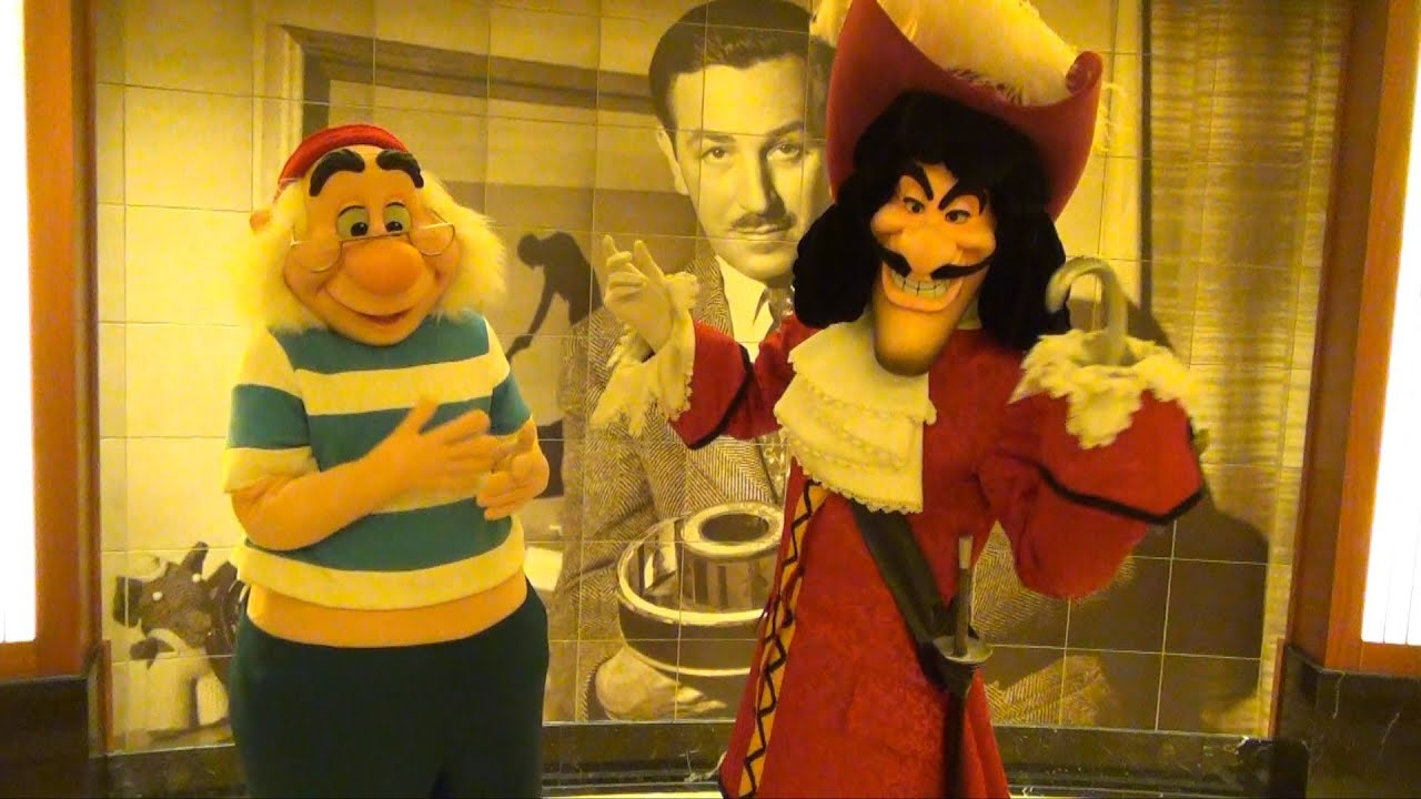Uncategorized Hook And Smee captain hook and mr smee meet greet on disney dream cruise line tick tock croc youtube