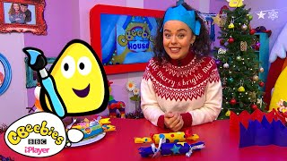 How to make Christmas Hats and Crakers | CBeebies House