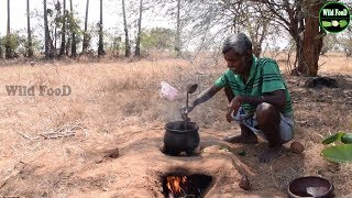 Old Traditional Clay Pot Cooking Manathakkali Keerai With Duck Eggs Recipes