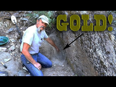 Checkout The GOLD NUGGETS Two Toes Found In This Crack!