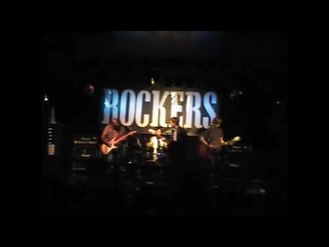 Yahoo Serious Live at Rockers Glasgow - No Way Out (1/6)