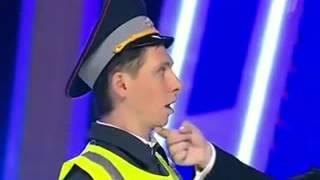 Квн   Батрудинов и Харламов   Иди в кусты
