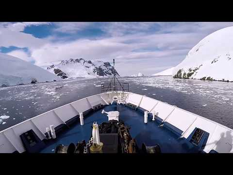 Antartica :  Crossing the antartic circle