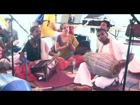 Bhajan - KulimeLA Day 1 - Rasika dasi (5/11)