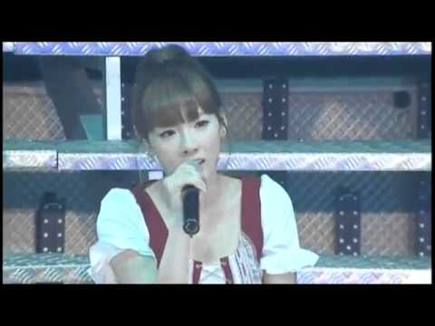 SNSD - Dear Mom Live