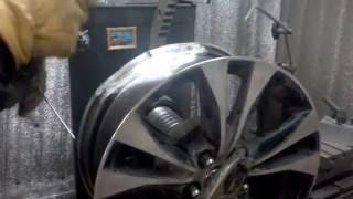Ремонт литого диска R18.(г.Липецк)Часть первая.(Правка литого диска с сильной деформацией(исправление геометрии, сварка алюминия), 2016-11-17T18:41:23.000Z)