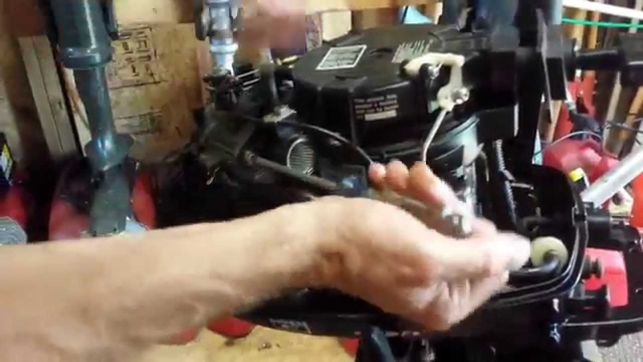 Clogged Carburetor Diagnosis 2007 5HP Mercury / Tohatsu Outboard Basic  Maintenance