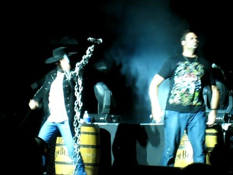 Montgomery Gentry Hell Yeah Turn it Up Comcast Ctr 8/17/08
